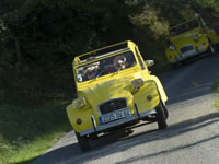 That familiar icon of France, the 'deux chevaux' 2CV. Rights of Use - Copyright MDLF/Cédric Helsly