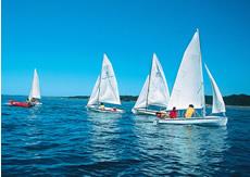 Sailing at Biscarrosse lake