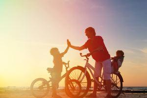 Family cycle to beach villas south west France