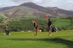 There are golf courses suitable for all ability levels in Aquitaine