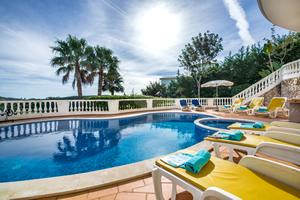 holiday-villas-with-private-pools-image