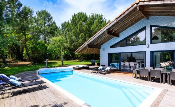 Aquitaine Coast late availability