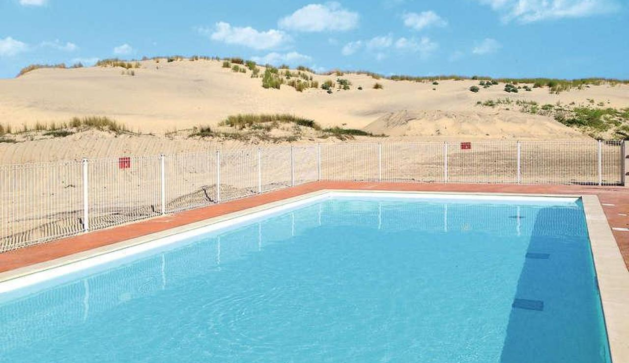 biscarrosse-plage-ocean-swimming-pool