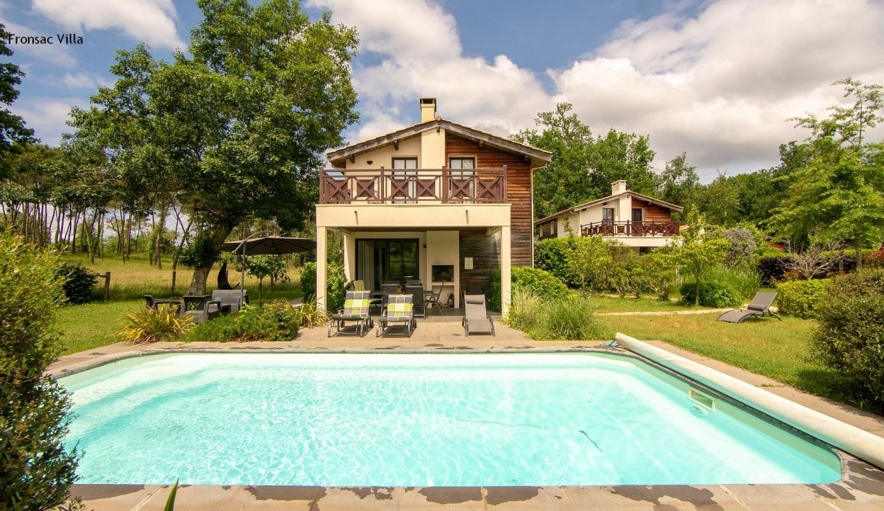 chateau-de-salles-fronsac-holiday-villa-with-pool