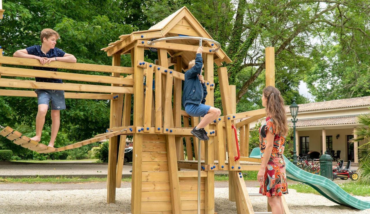 chateau-de-salles-holiday-park-bordeaux-arcachon-b