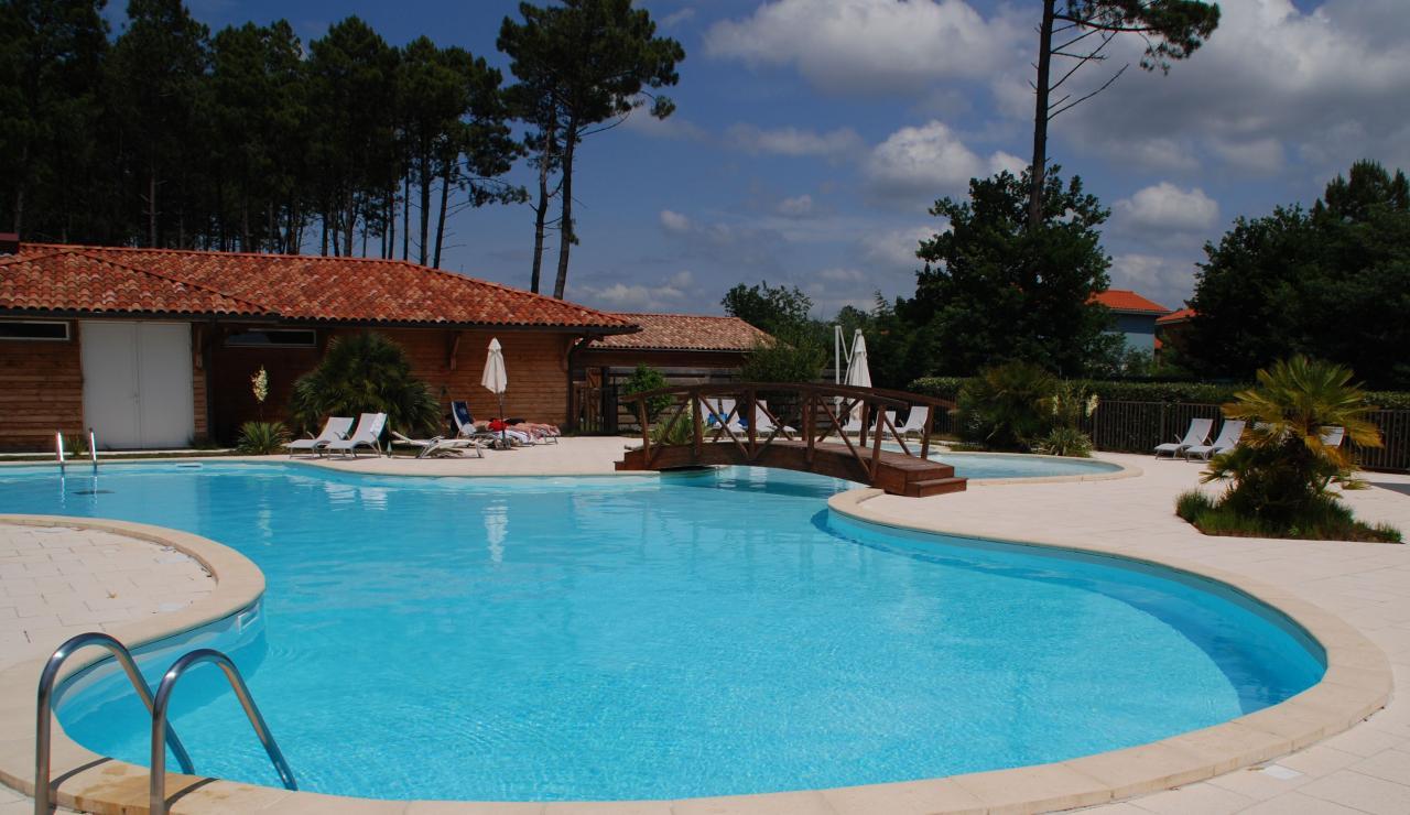 cottages-du-lac-pool