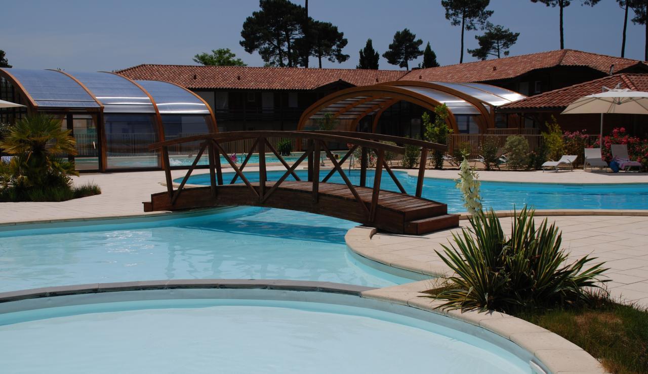 cottages-du-lac-pool-2