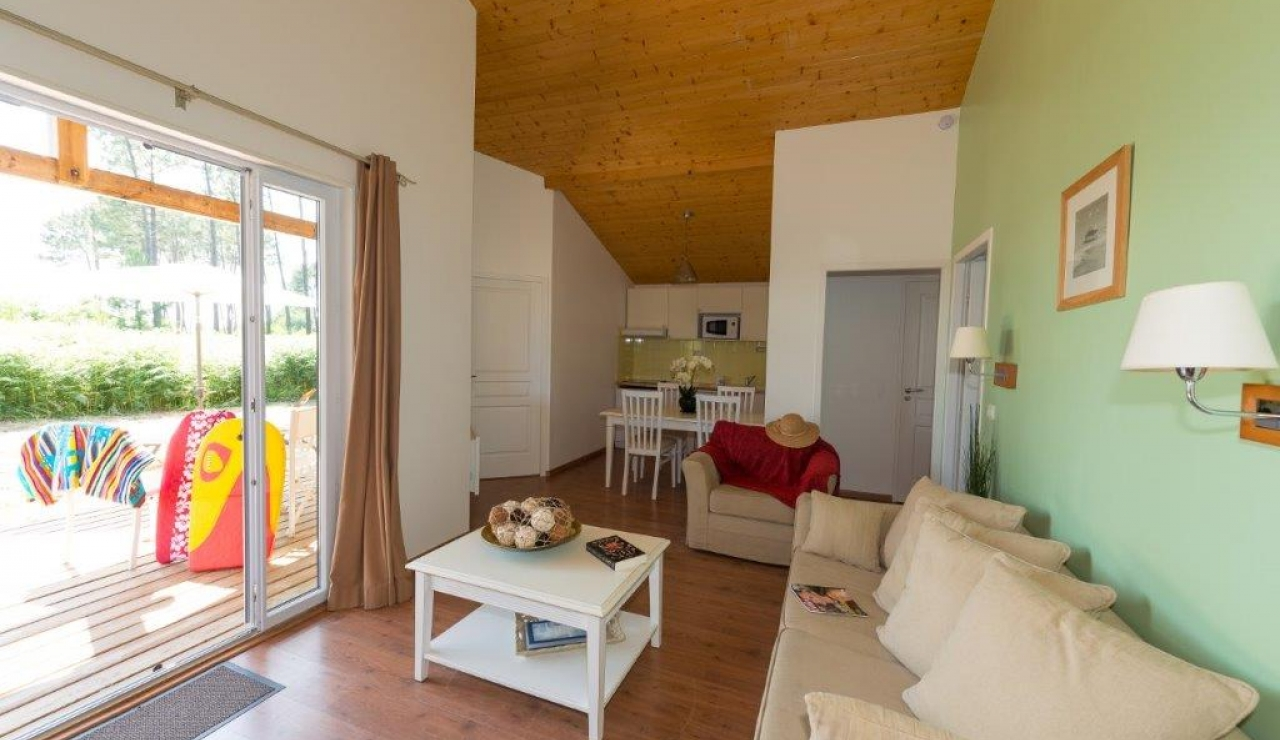 cottages-du-lac-living-area