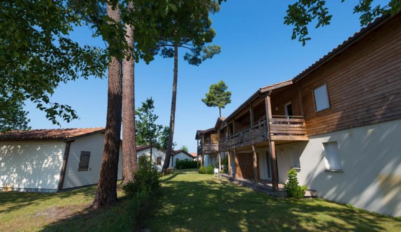 cottages-du-lac-apartments