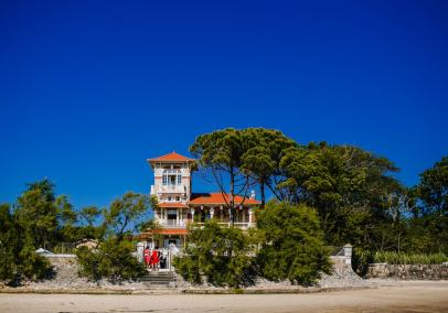 Cap Ferret villa with pool, Arcachon Bay near Bordeaux | Villa la Tosca