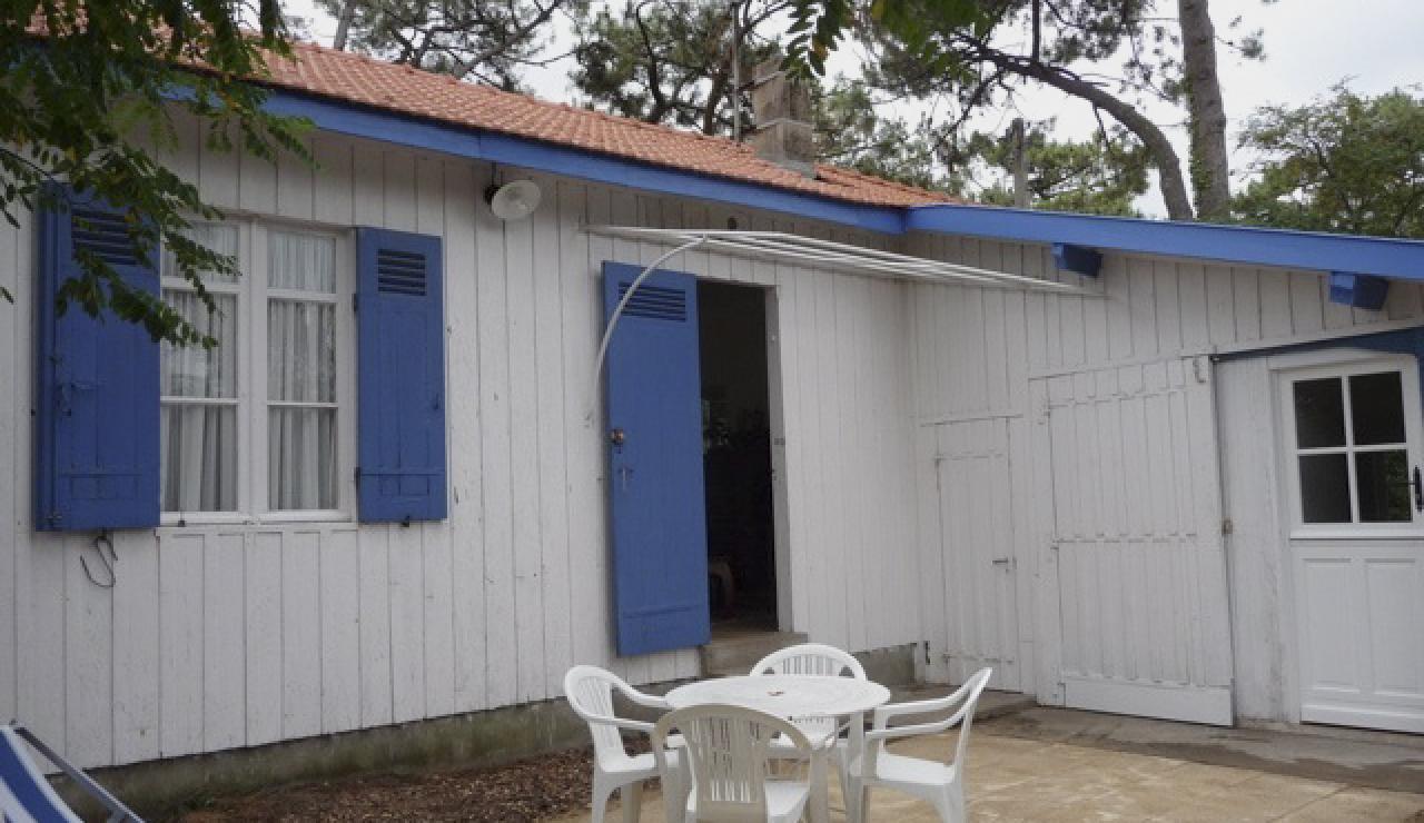 114 Cabane Mimbeau deck