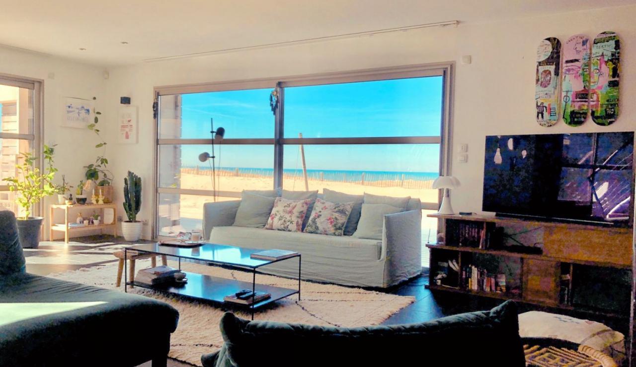 luxury-hossegor-sea-view-villa-living-room