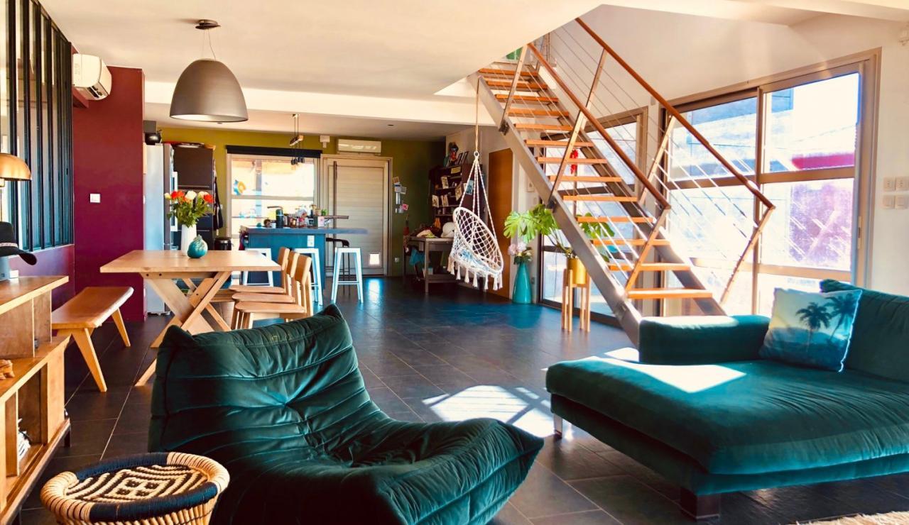 luxury-hossegor-sea-view-villa-living-room-2