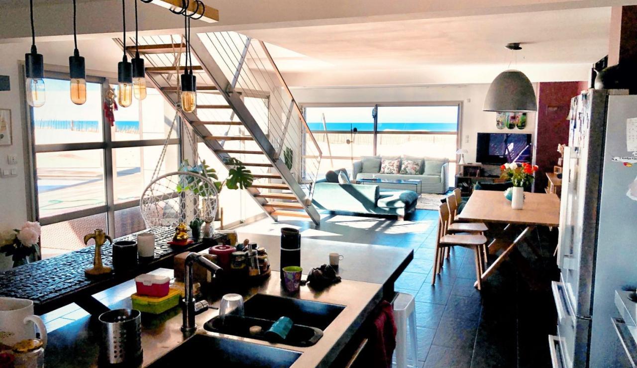 luxury-hossegor-sea-view-villa-kitchen-living