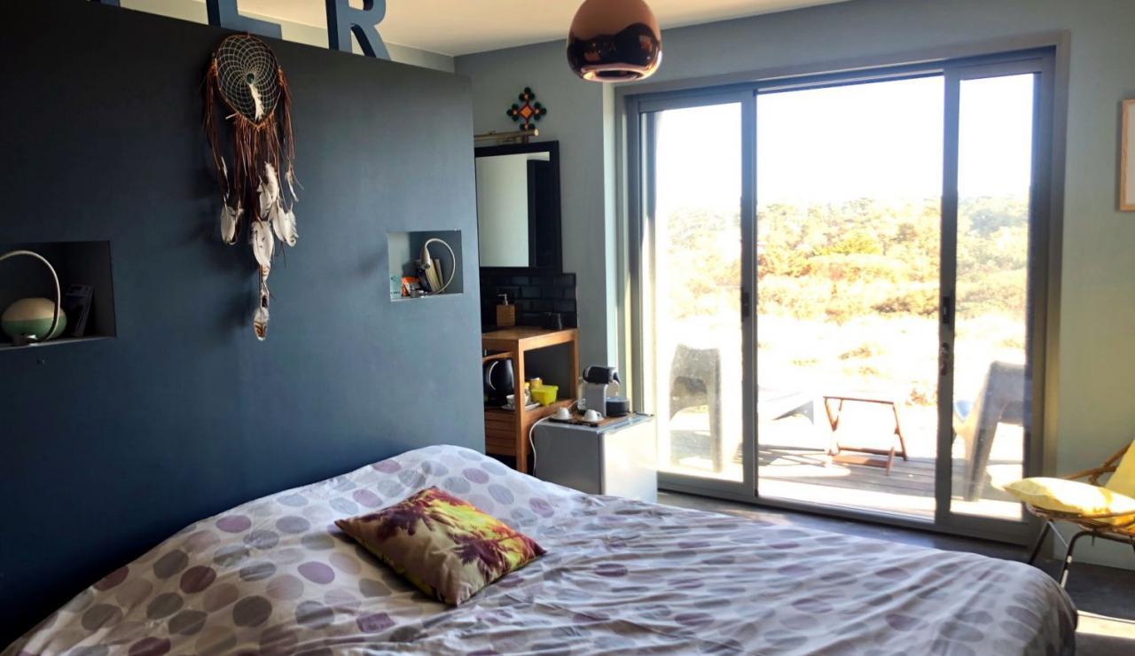 luxury-hossegor-sea-view-villa-annex-bedroom