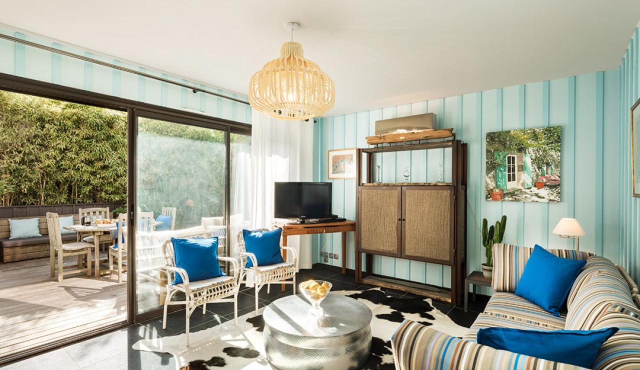 cabane-bleu-image-1