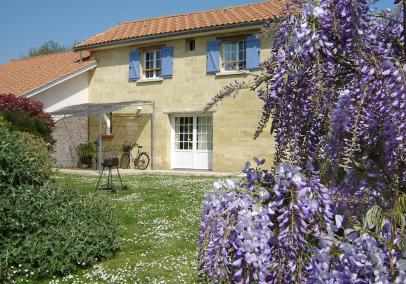 bordeaux villa with pool | Cottage des Vignes