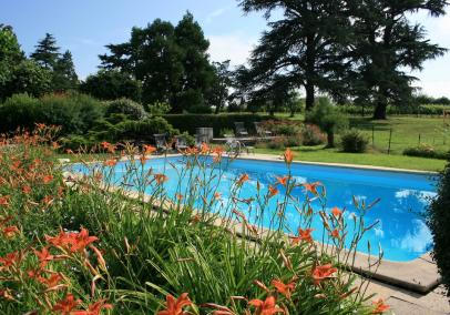 bordeaux villas with pools | Grange des Vignes