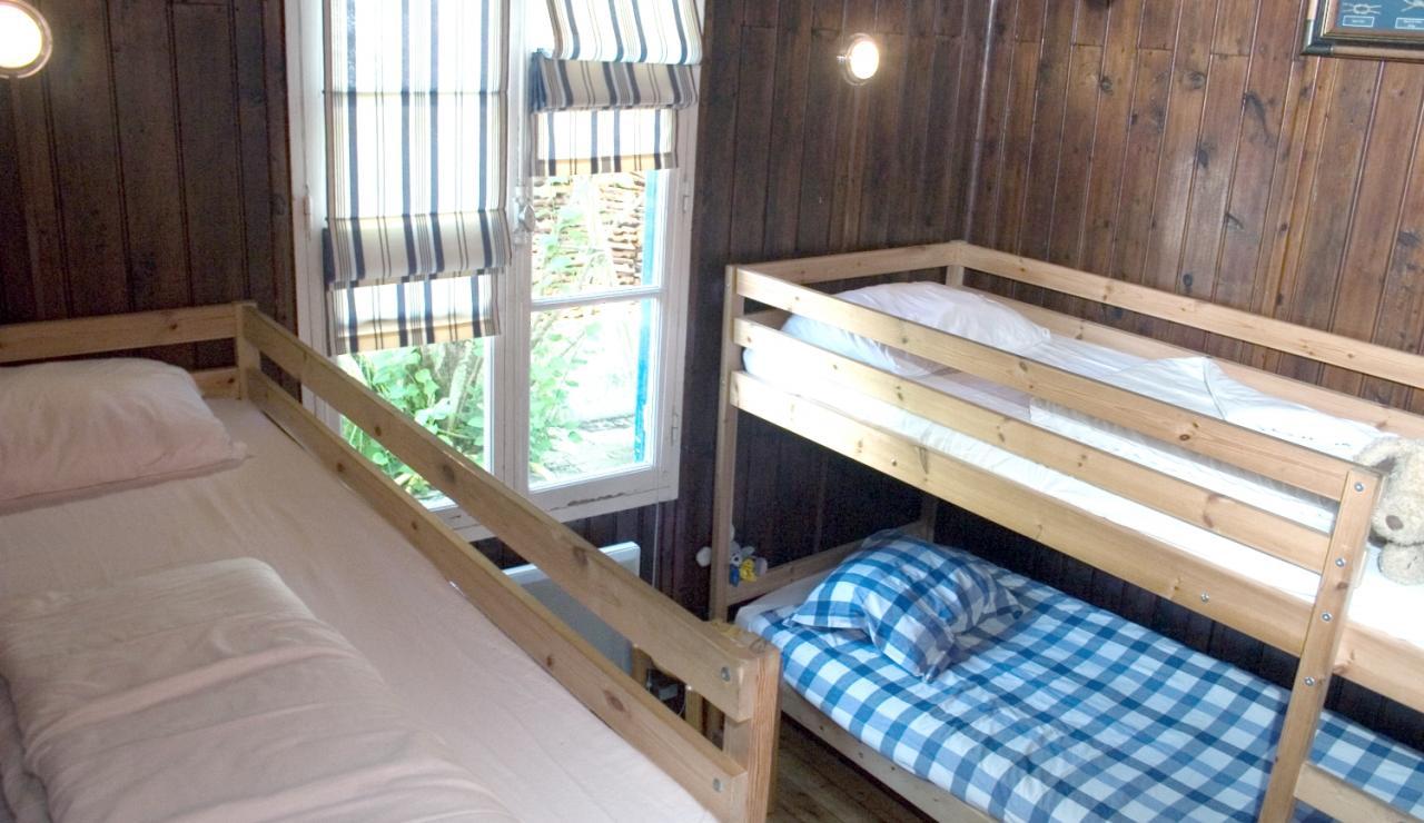 cabane-l-herbe-cap-ferret-bunk-room