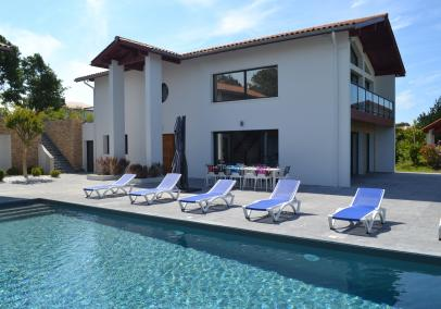 St Jean de Luz villas with pools | Villa Alcyon