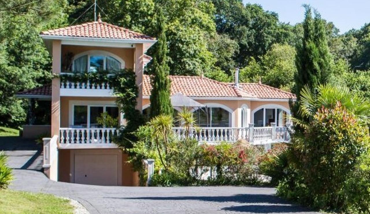 villa-silhouette-image-61