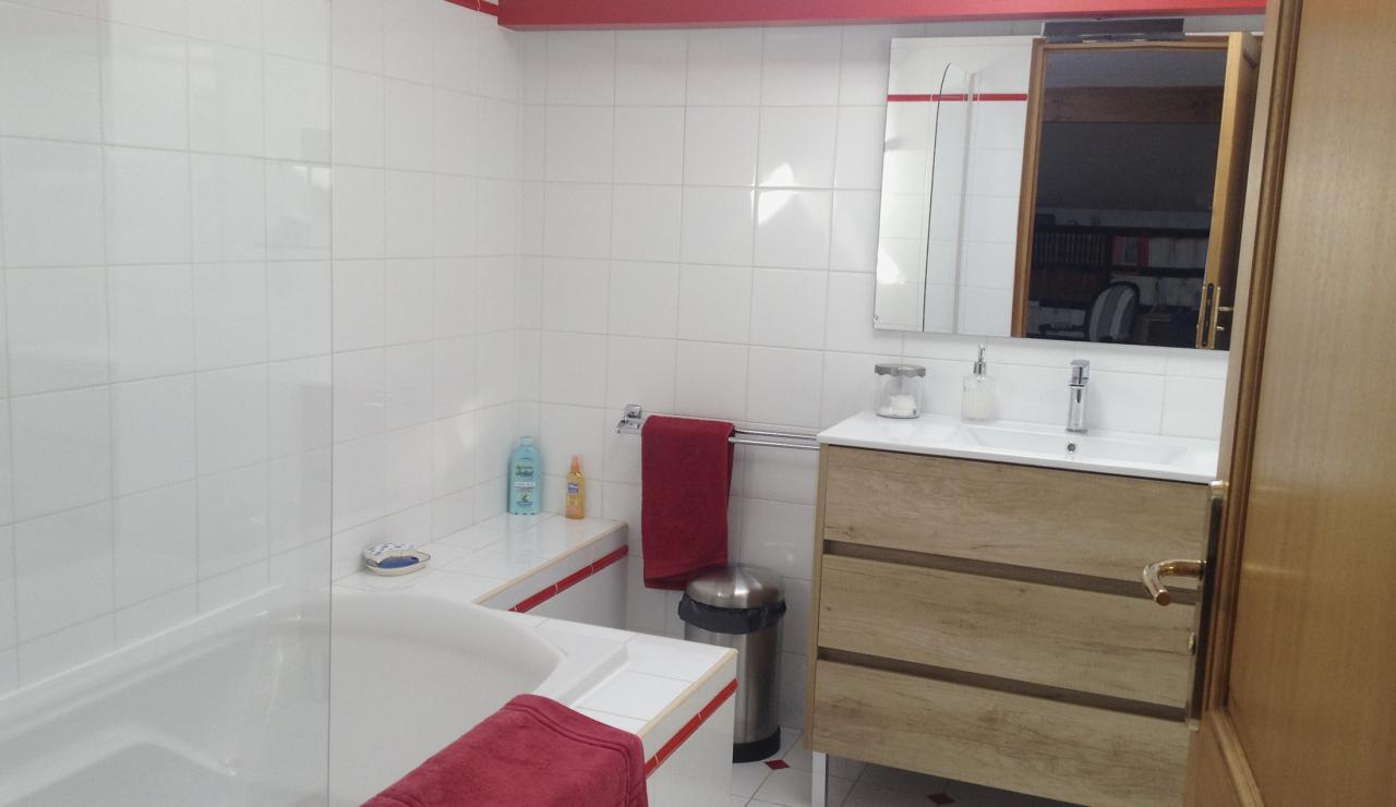021 villa Olhette bath 2