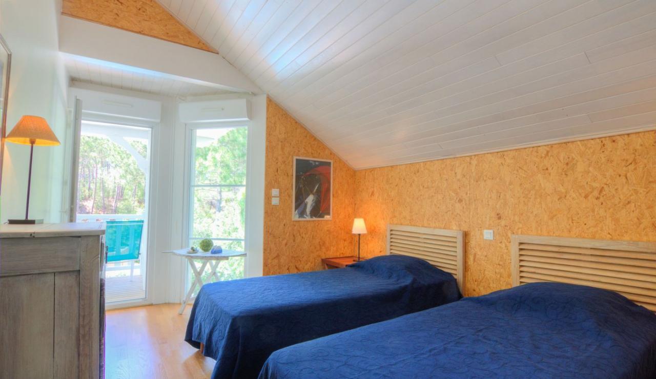 eden-club-villa-21-lacanau-twin-room-2