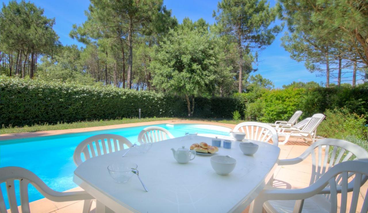 eden-club-villa-21-lacanau-pool-trees