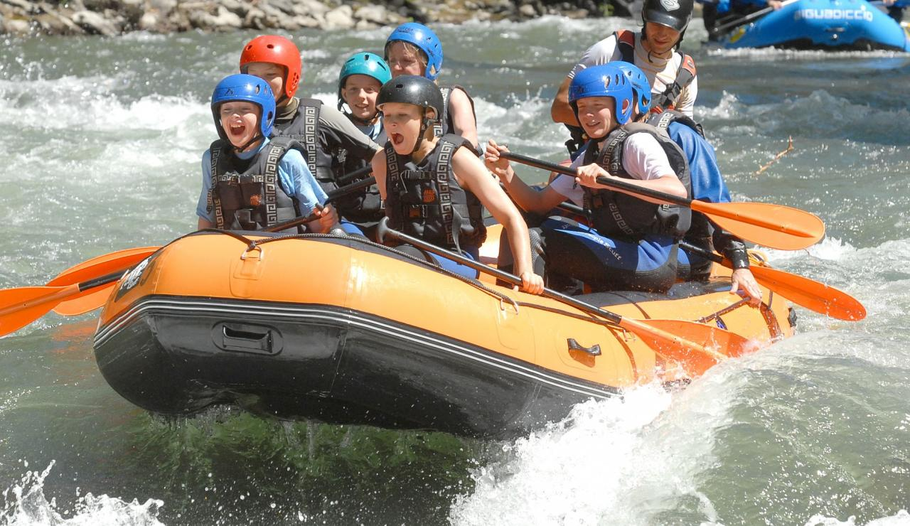 white-water-rafting-french-pyrenees