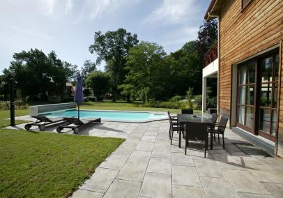 Arcachon villa with pool near Bordeaux | Chateau Salles 4 bed, private pool