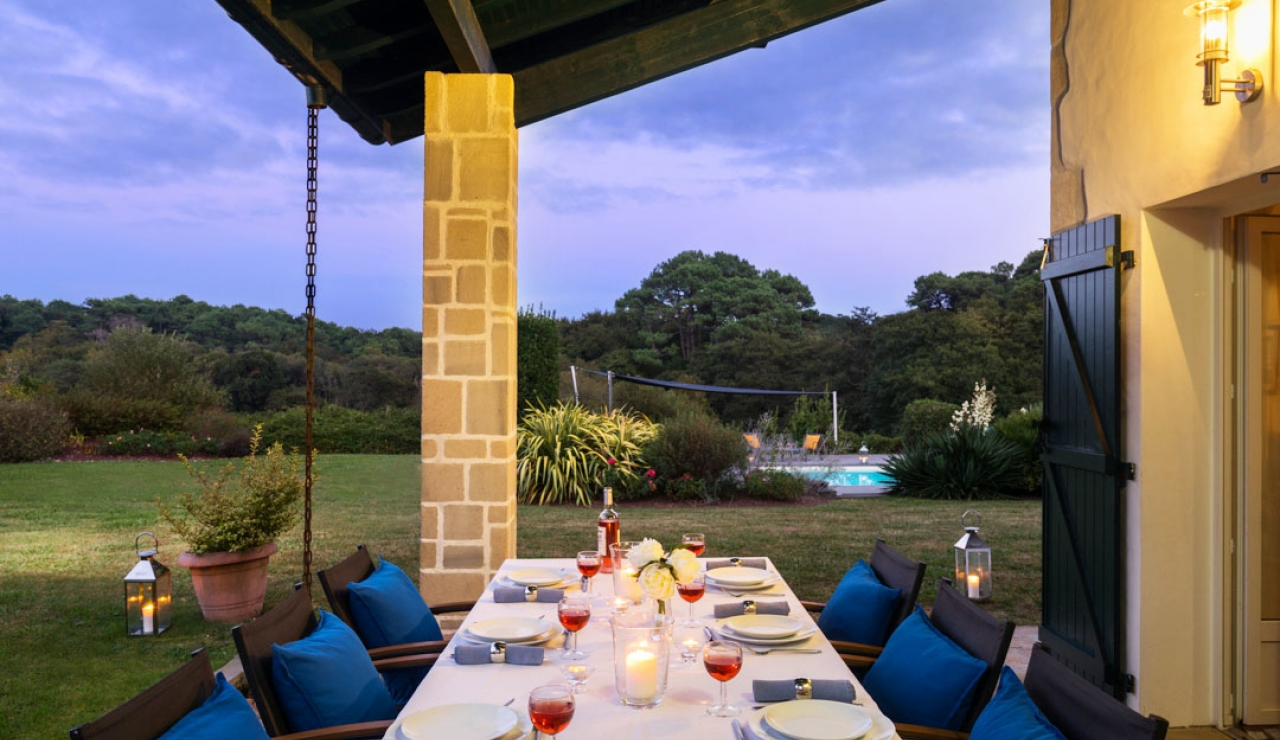 Quality Villa Near Biarritz With Private Pool Sleeps 10