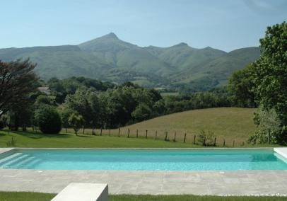 St Jean de Luz, Basque coast villa with private pool | Villa Batzari