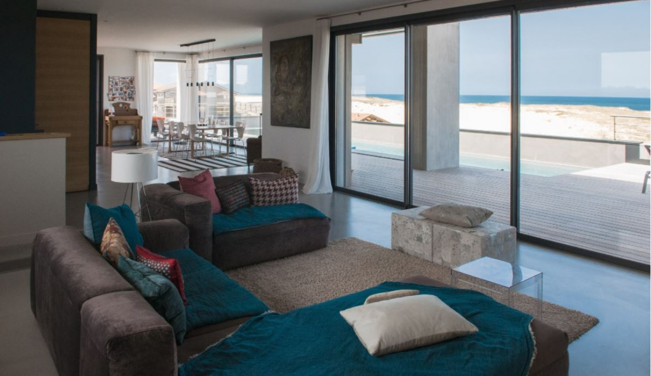 hossegor-beach-villa-living-with-sea-view