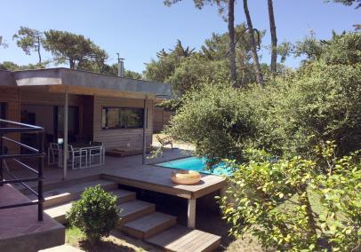 Walk to beach villa Hossegor heated pool