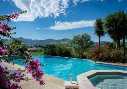 luxury villas in biarritz France | Villa Souraide
