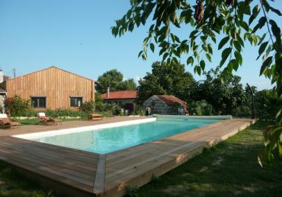 Villas in Bordeaux with Pool | Maison Capuchin