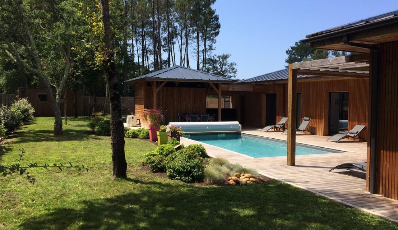 heated-pool-villa-moliets-garden