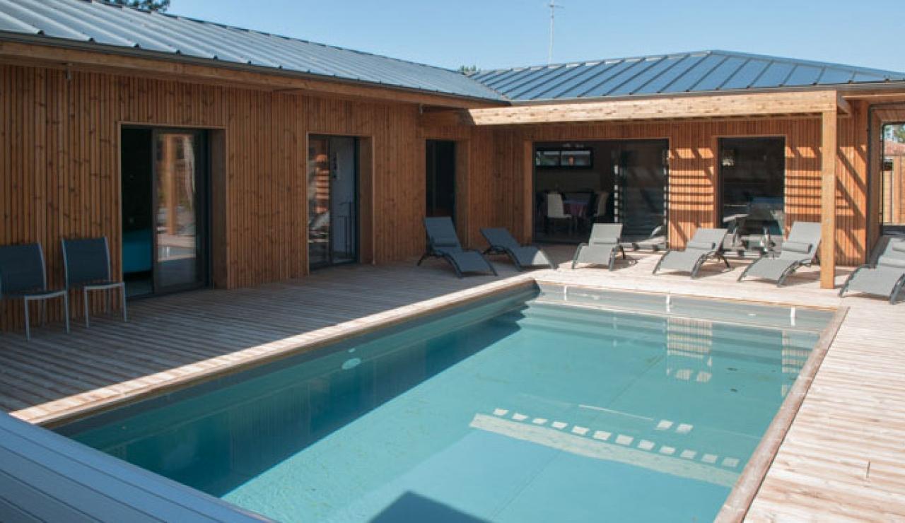 heated-pool-villa-moliets-pool
