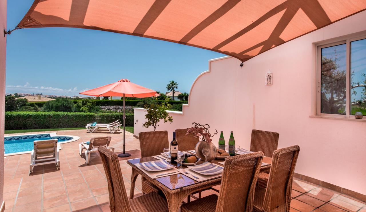 terrace-dining-1