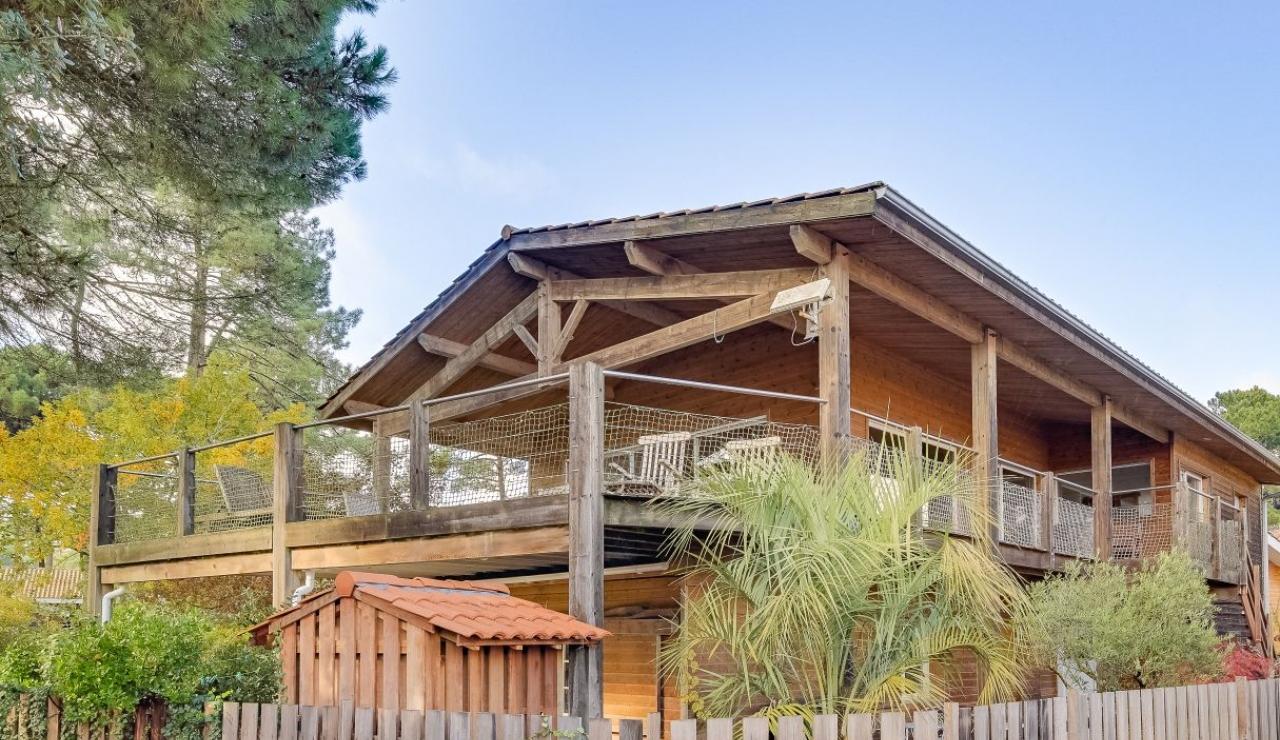 cabane-villa-front