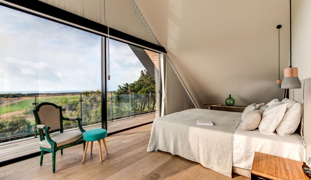 luxury-biarritz-villa-madrague-bedroom-1