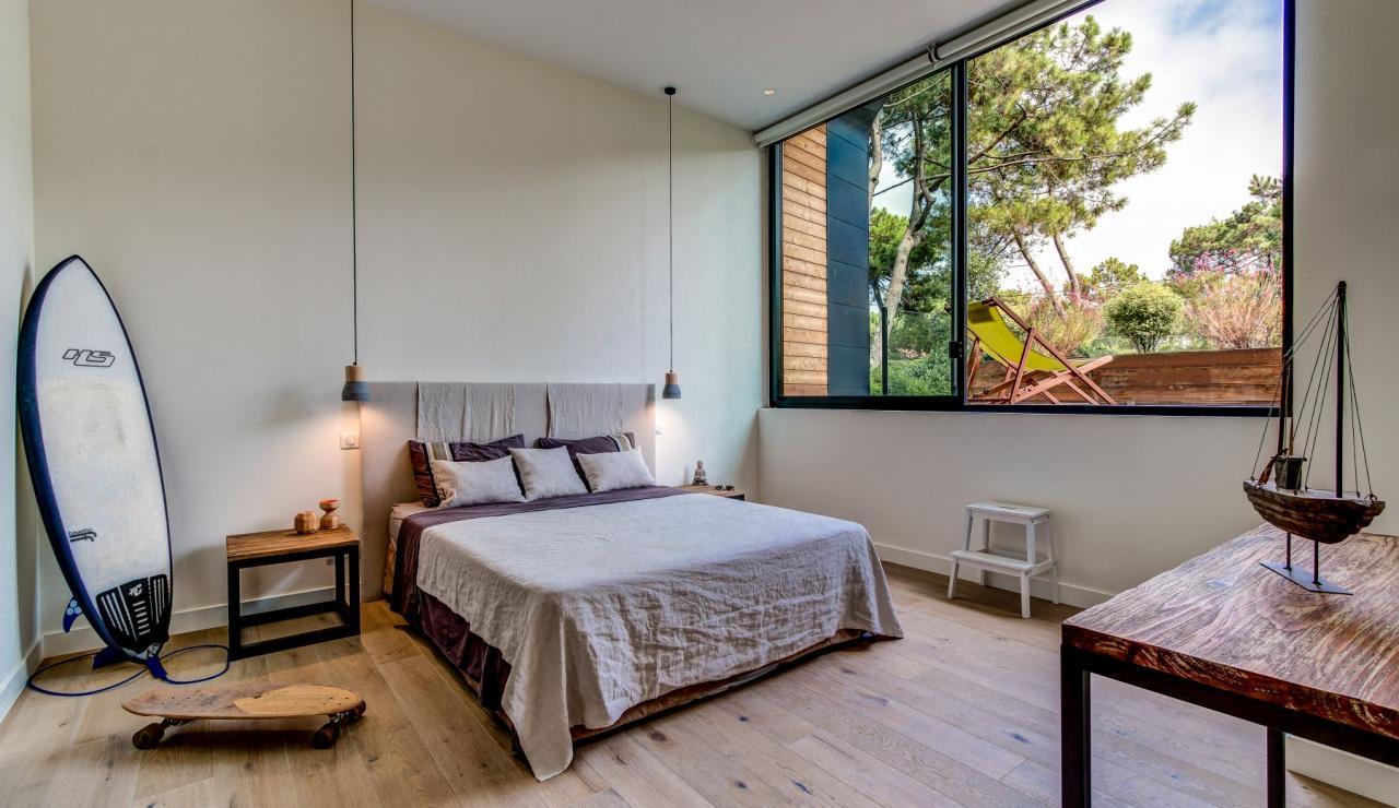 luxury-biarritz-villa-madrague-bedroom-3