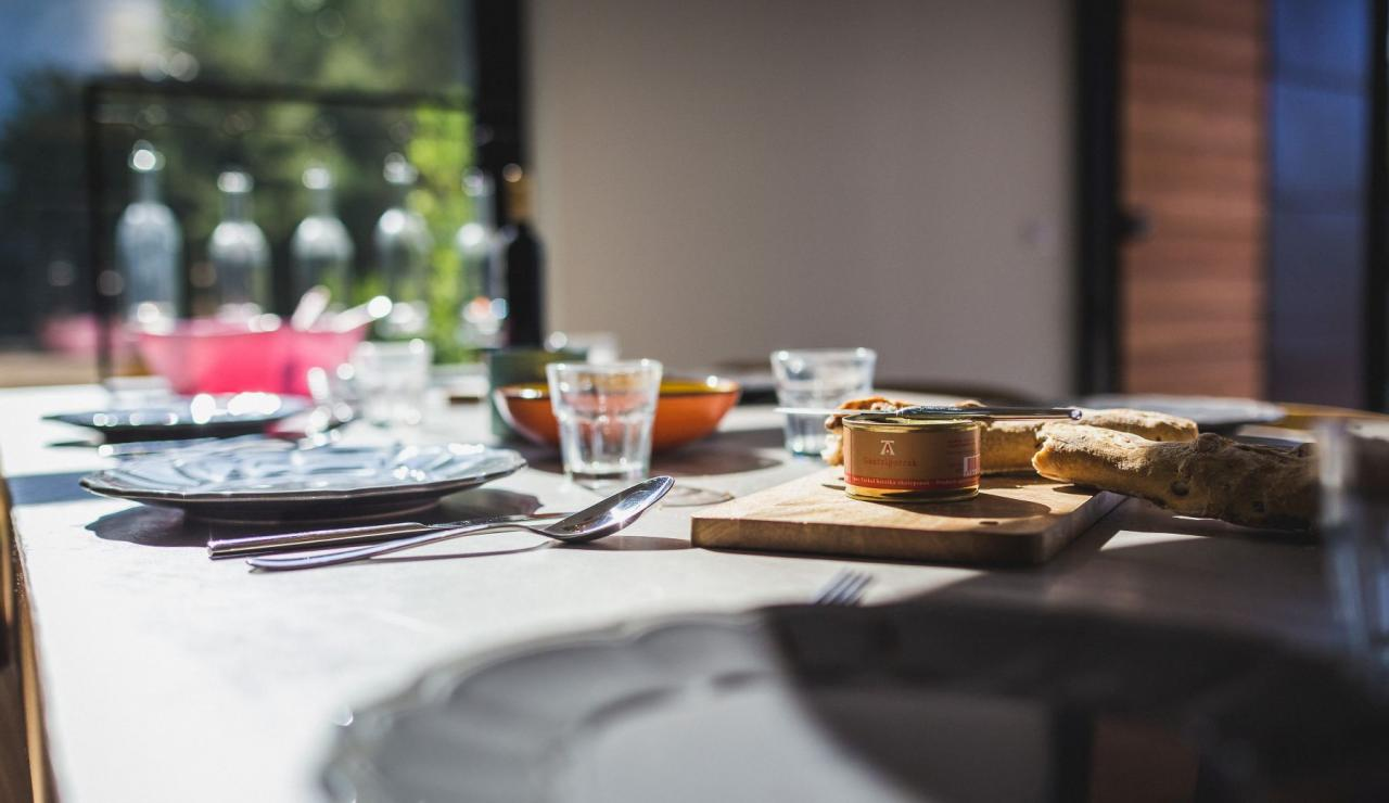 luxury-biarritz-villa-madrague-bon-appetit