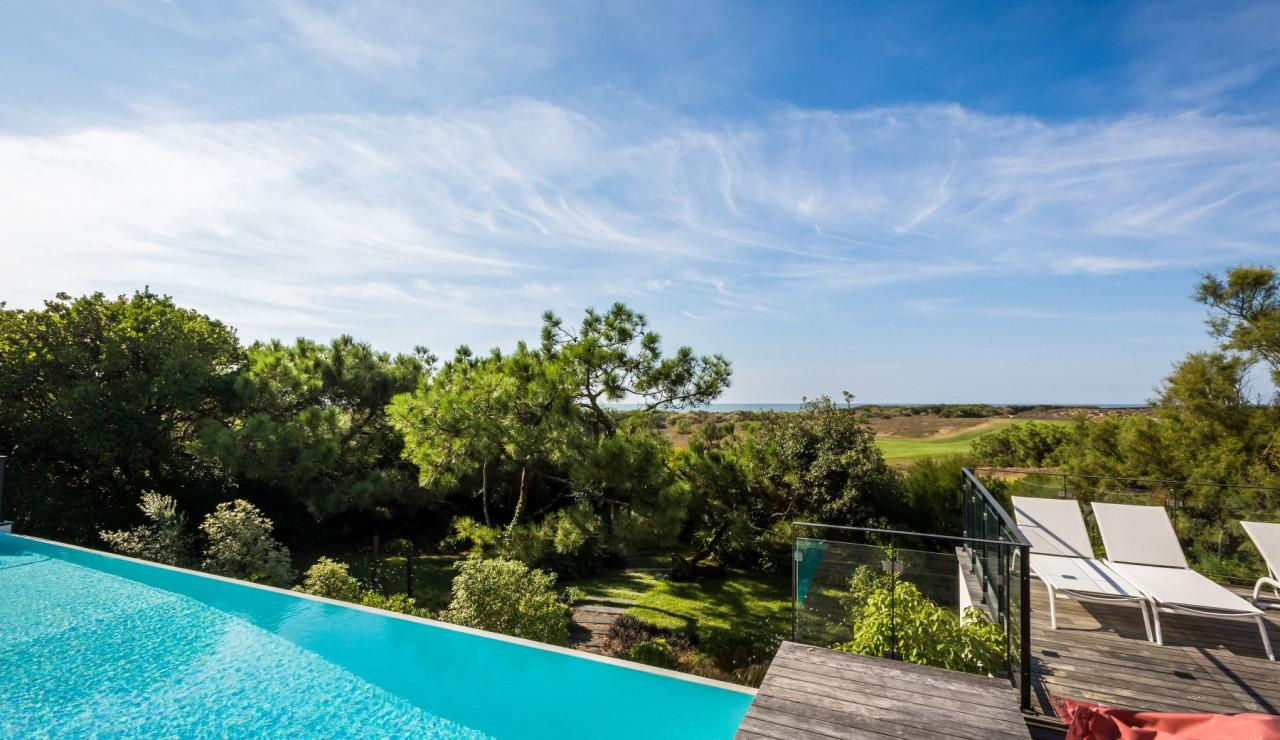 luxury-villa-biarritz-madrague-infinity-pool