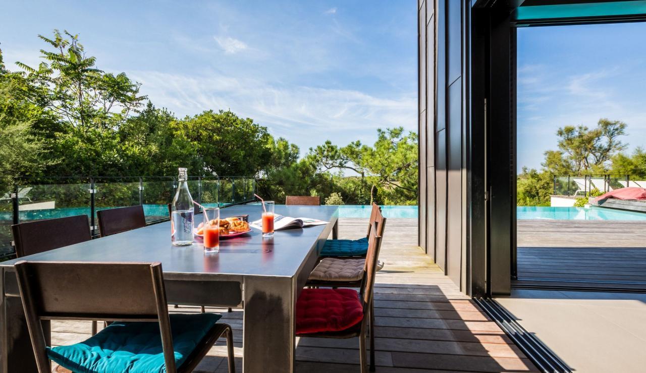 luxury-biarritz-villa-madrague-terrace