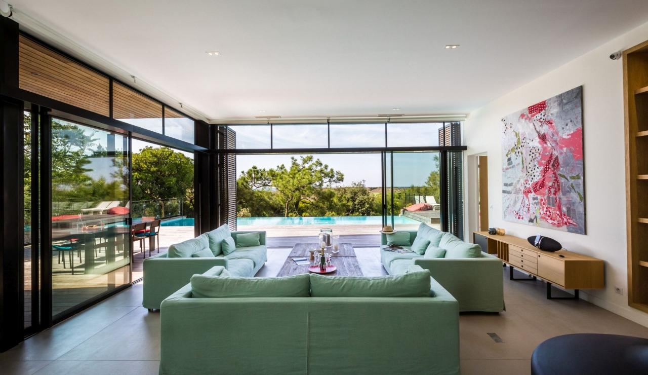 luxury-biarritz-villa-madrague-living-2
