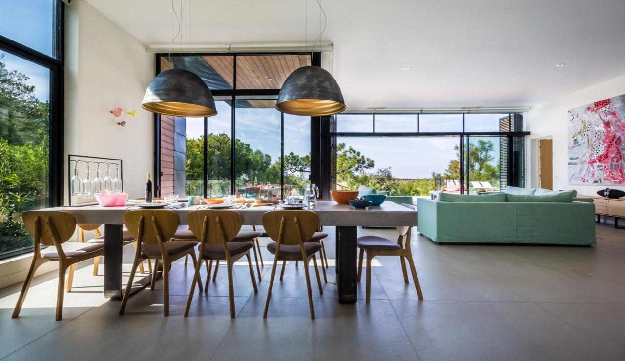 luxury-biarritz-villa-madrague-living-dining