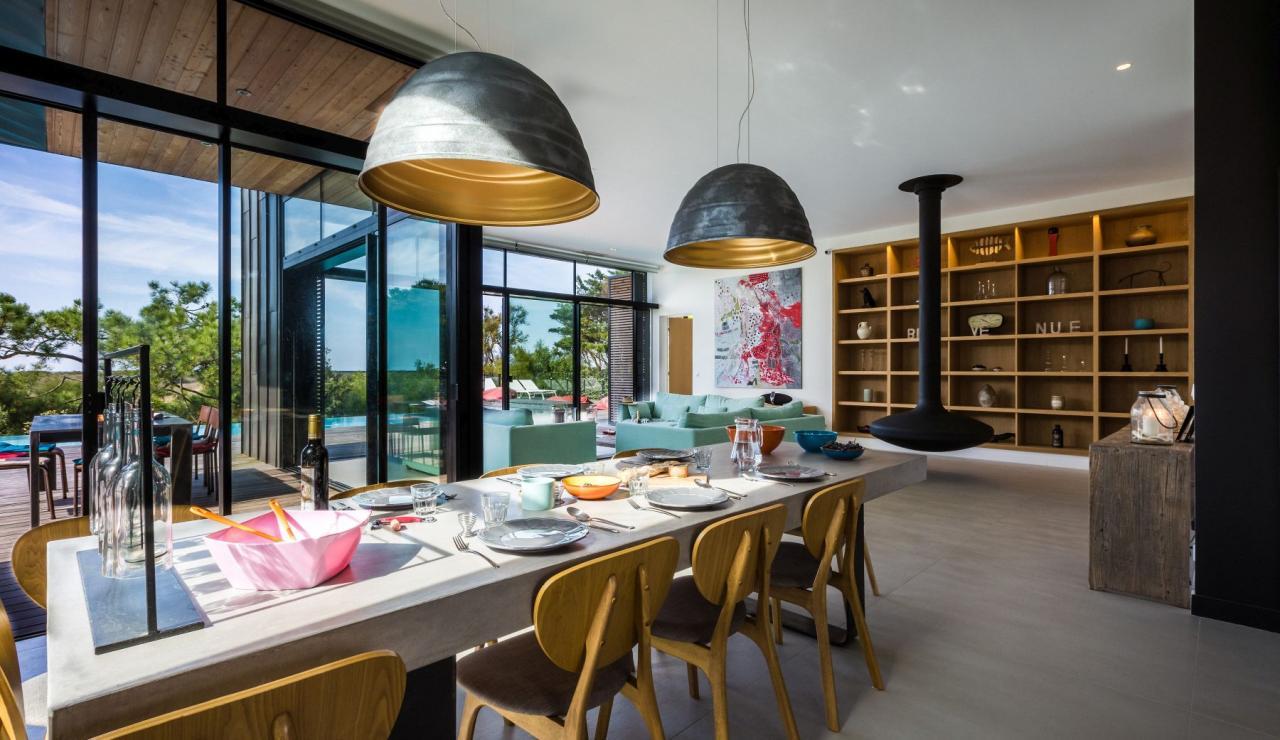 luxury-biarritz-villa-madrague-dining-2
