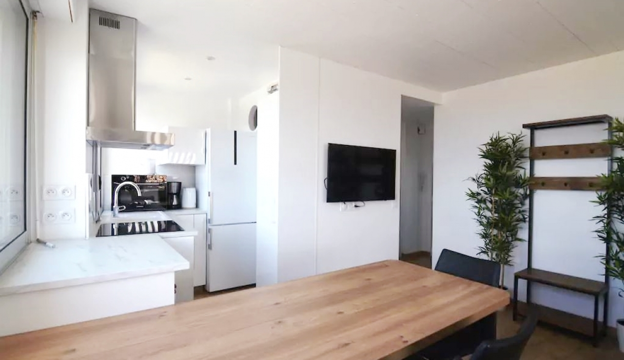 hossegor-beach-apartment-les-atlantes-kitchen-2