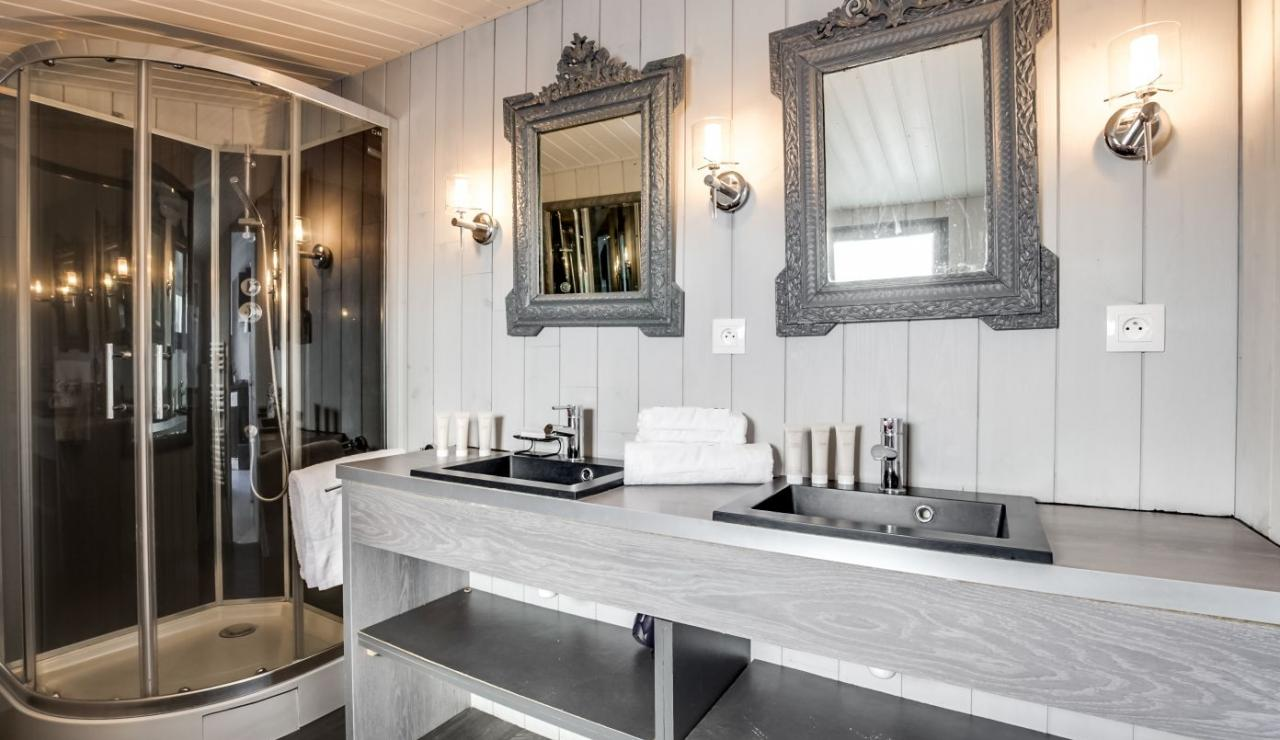 cap-ferret-beach-house-bathroom-1